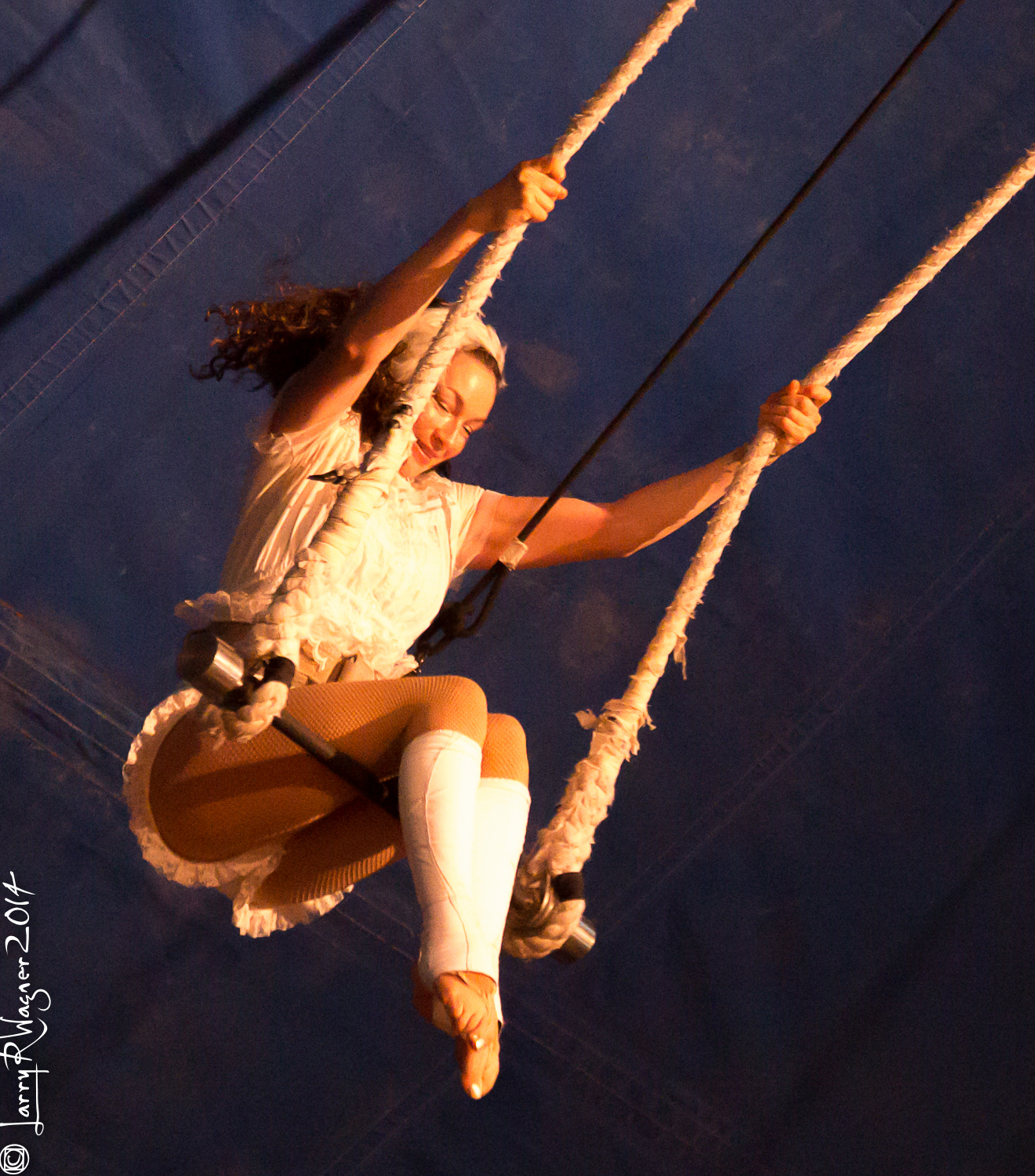 swinging trapeze